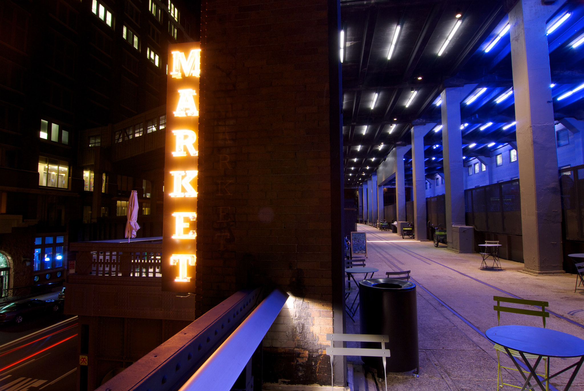 Photograph Market sign at the highline in NY by Steve Dolinsky on 500px