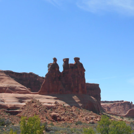 moab three men, Nikon COOLPIX L30