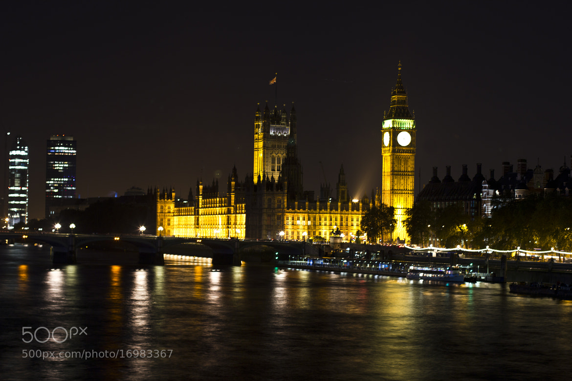 Photograph Loving London! by Lucía Rmr on 500px