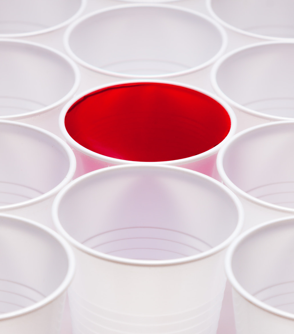 Photograph Paper cups, red by Andy Price on 500px