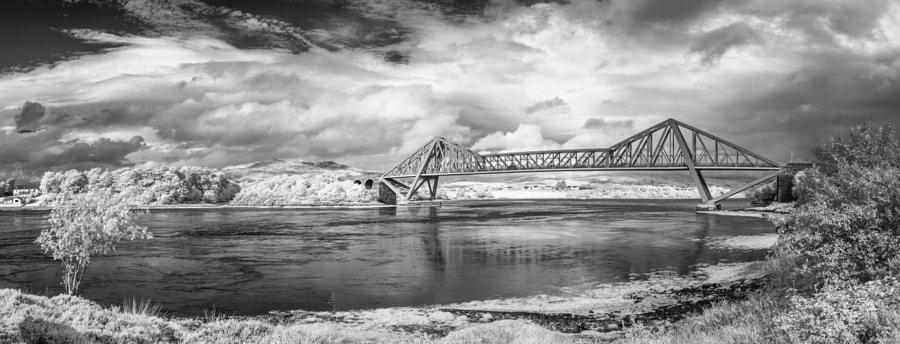 Connel Bridge panorama