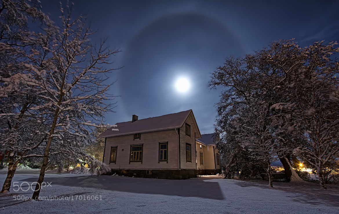 Photograph moon halo by Tommy  Angelsen on 500px
