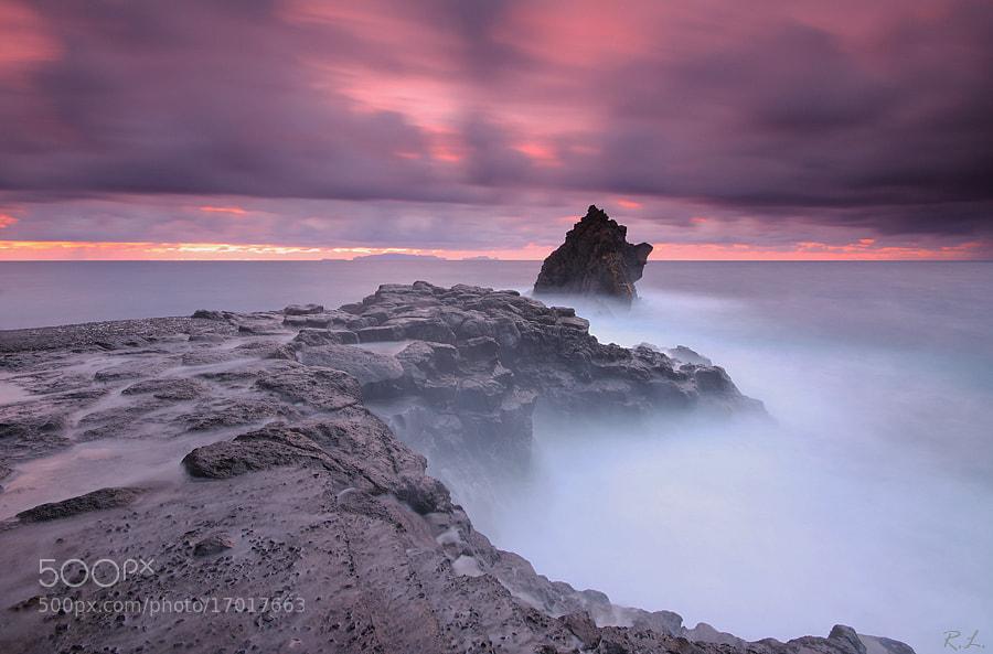 Photograph  Rough seas  by Renato Lourenço on 500px