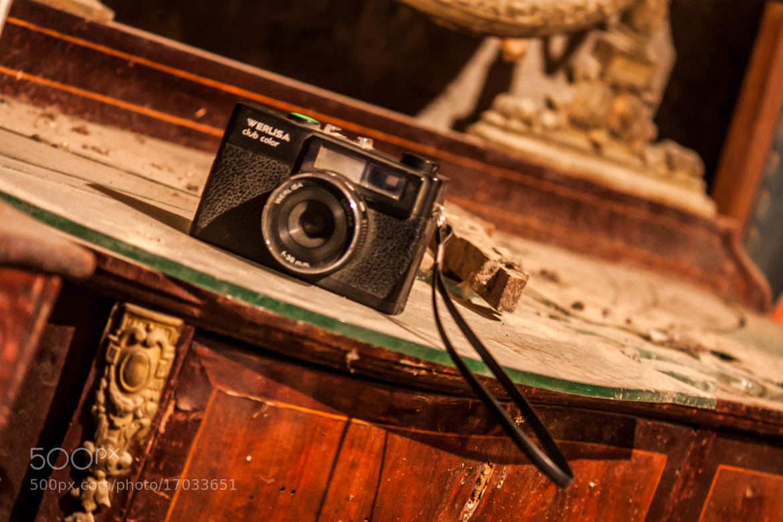 Photograph Werlisa vintage camera by Gerard Inglés Camats on 500px