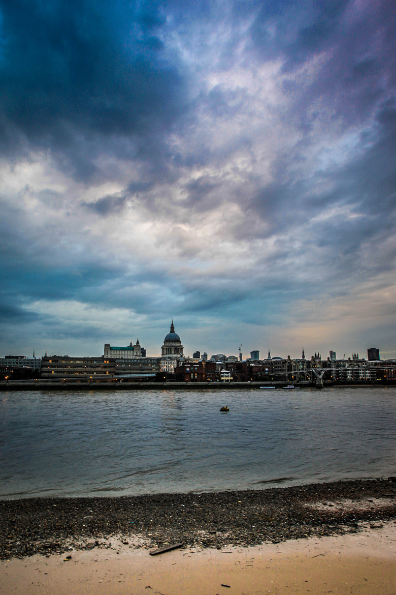 Photograph Across the Thames by David Turney on 500px