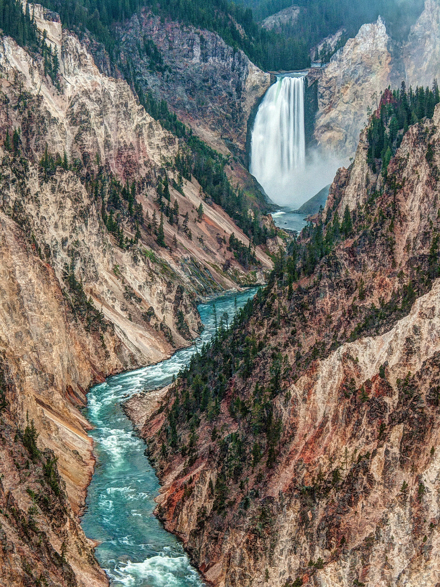 Photograph Yellowstone Falls by Chaluntorn Preeyasombat on 500px