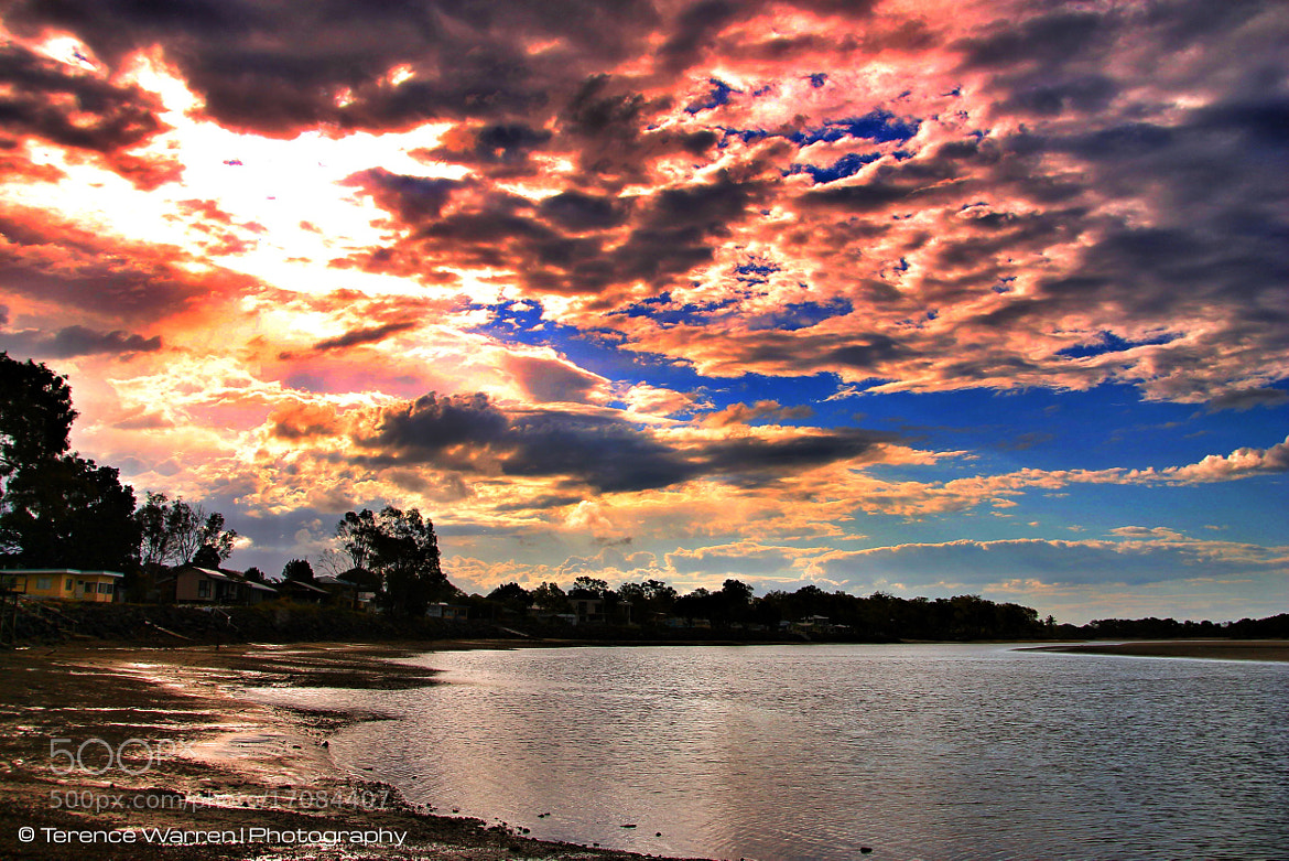 Photograph The Estuary.  Late afternoon. by Terence Warren on 500px