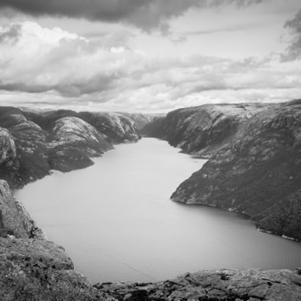 View over the Lyse Fjord