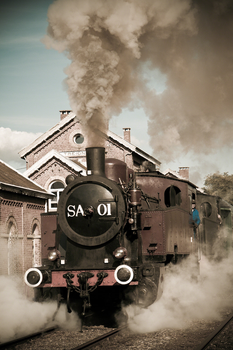 Photograph Steam train by Lydia De Wachter on 500px