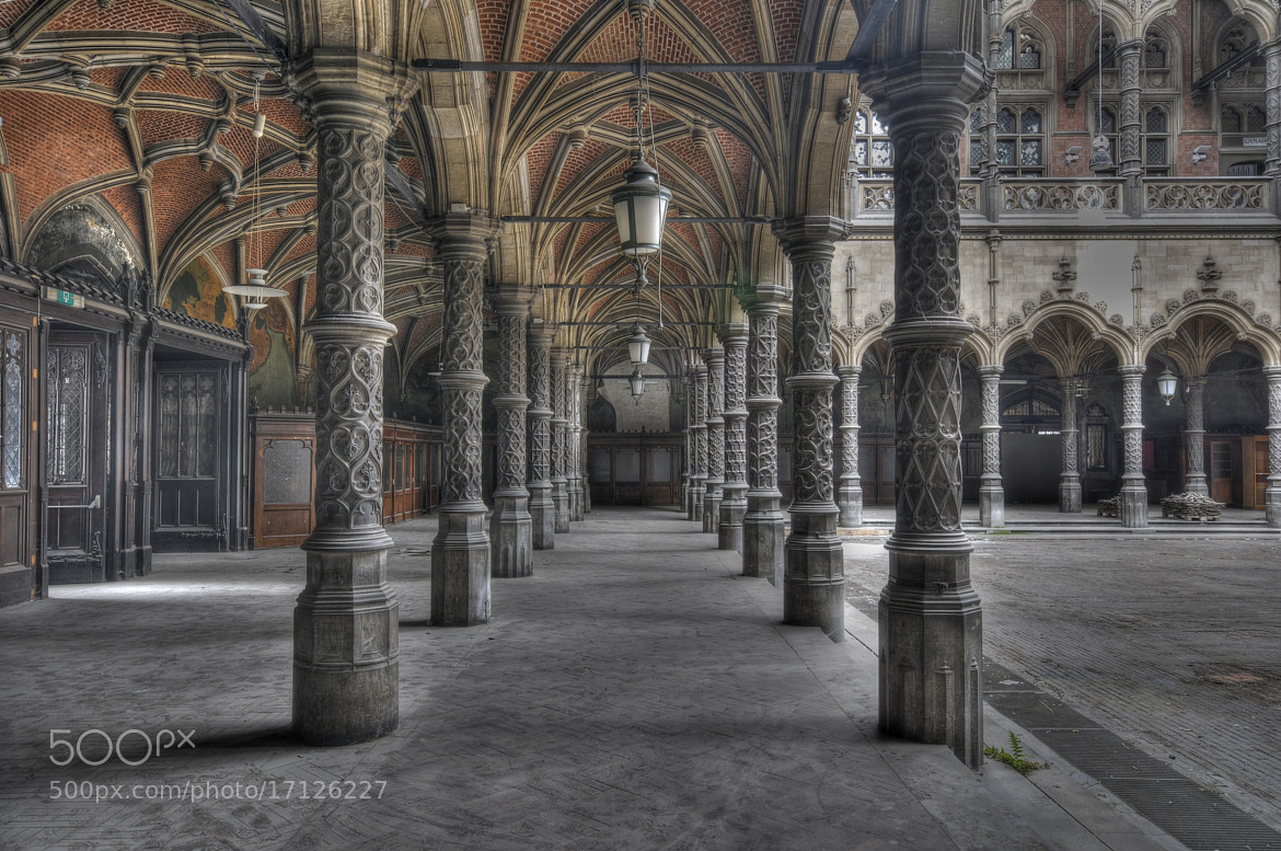 Photograph Hall of the commerce by Luc De Cock on 500px