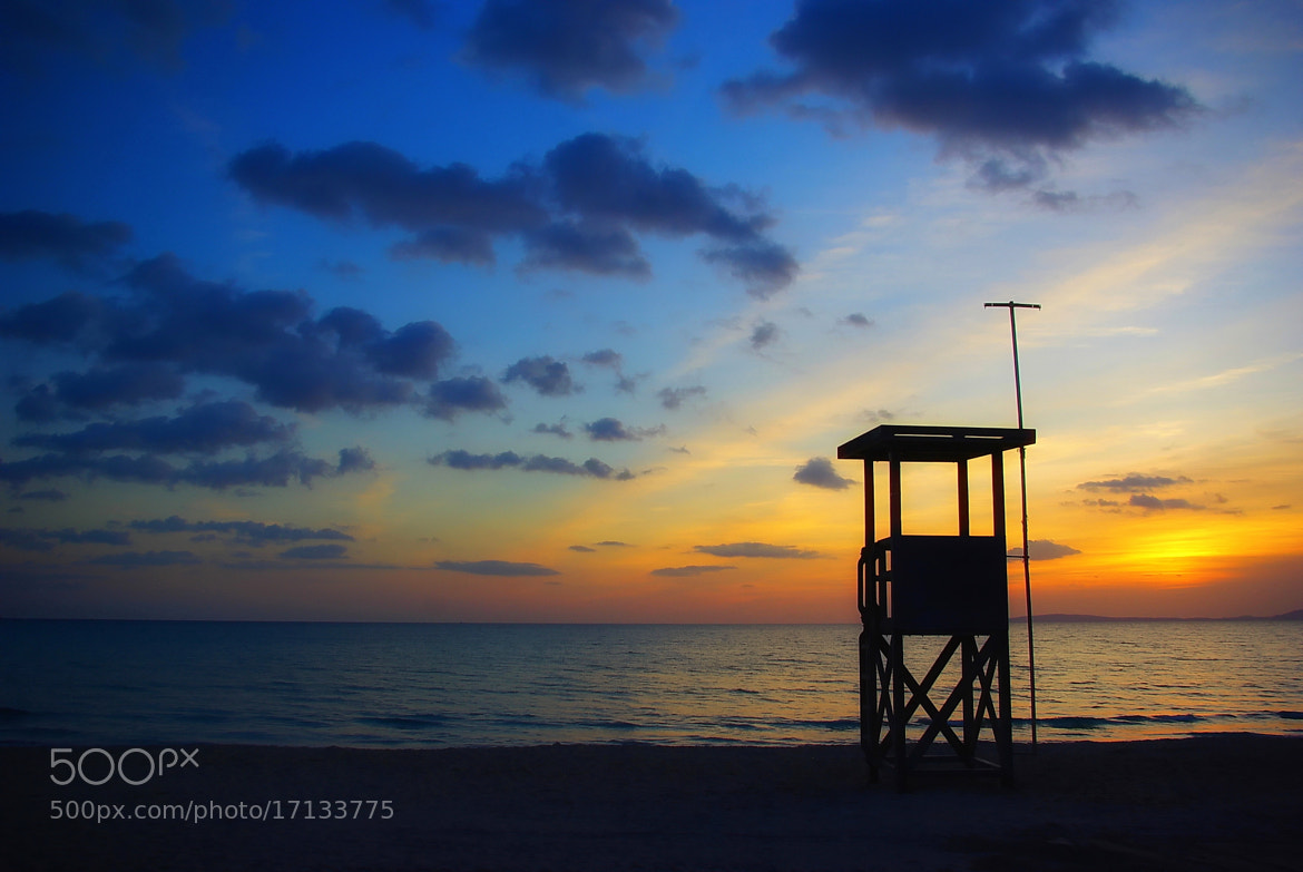 Photograph AT THE BEACH by Kersten Studenski on 500px