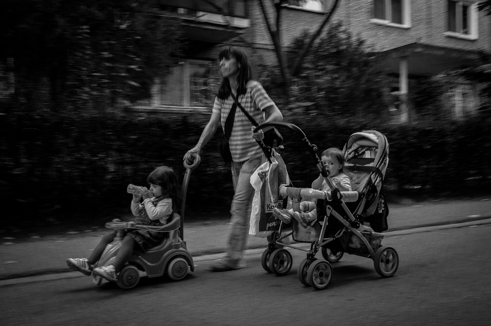 Photograph Mother and two children by Tiberiu Ichim on 500px
