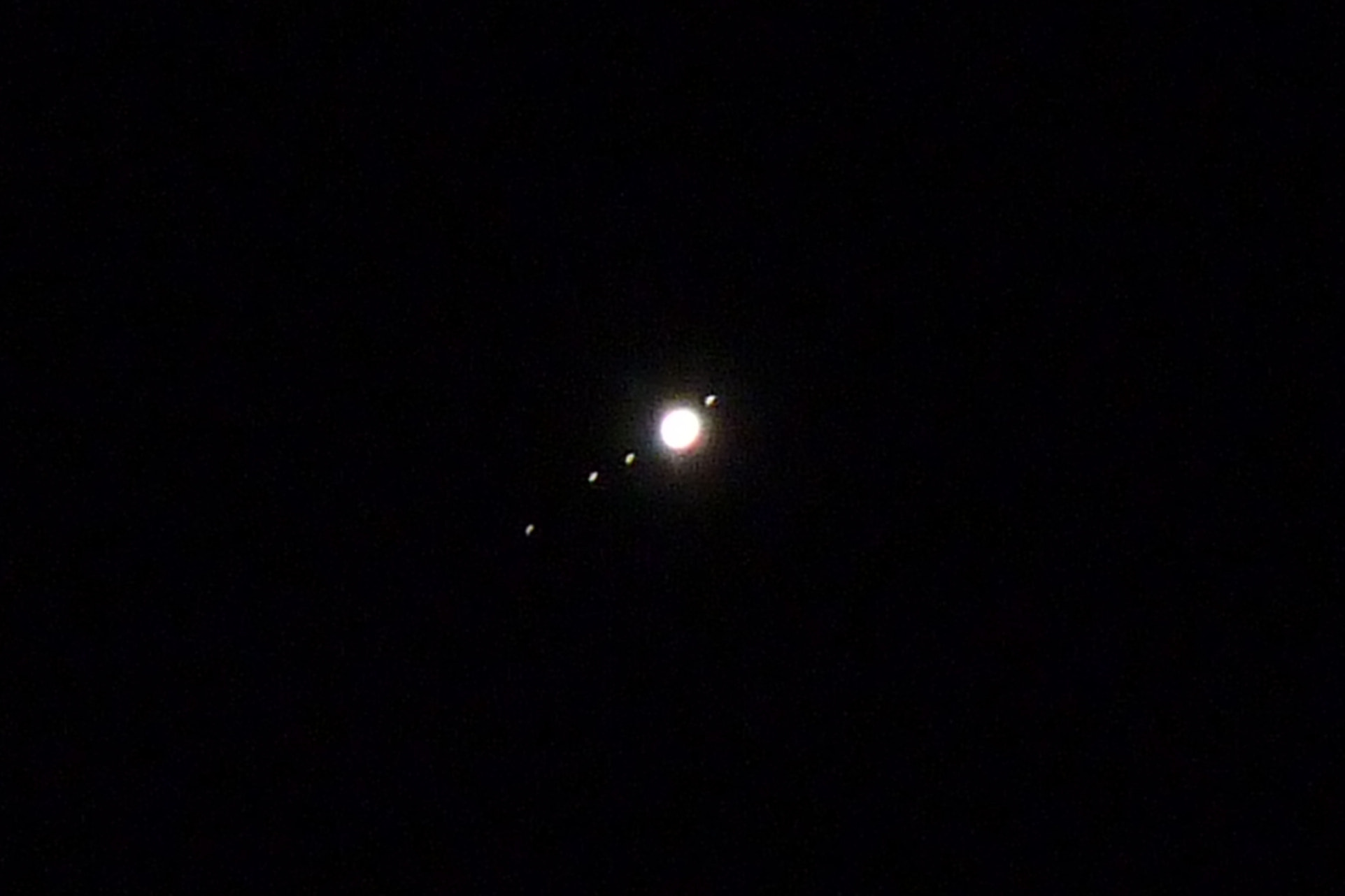 Photograph Jupiter & the 4 Galilean moons by Rebaz Khoshnaw on 500px