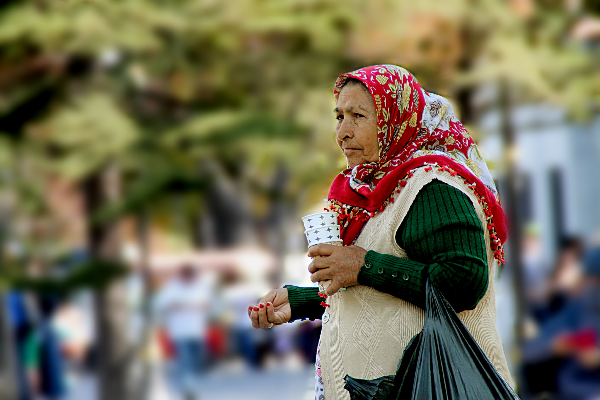 Photograph Woman in Istanbul by Rigo Neumann on 500px