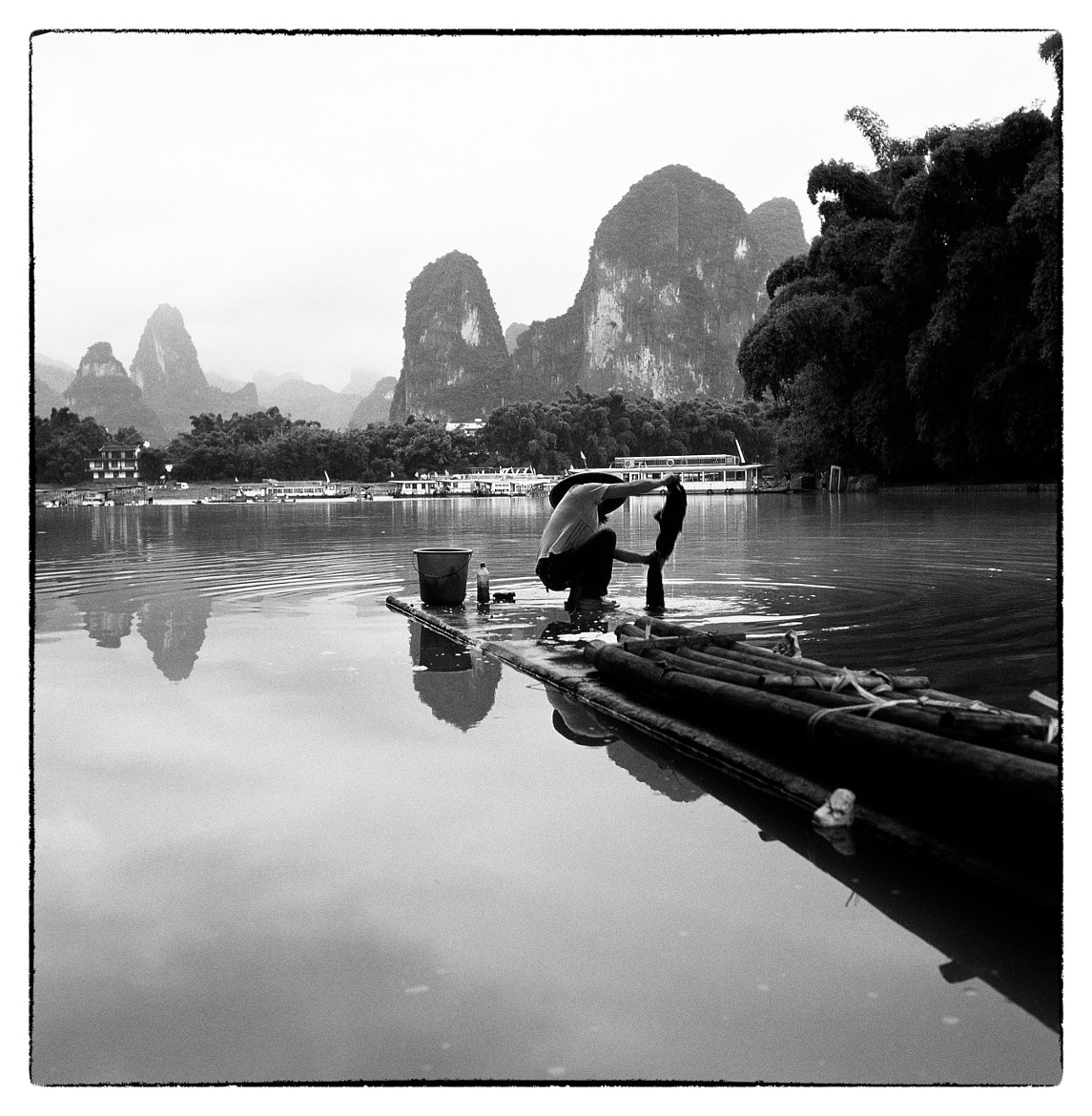 Photograph 洗衣 by Shan LeiGuang on 500px