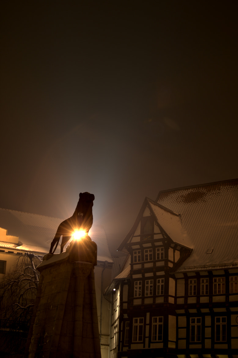 Photograph Braunschweiger Löwe by Night by Benjamin Linden on 500px