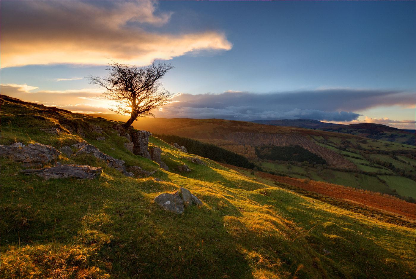 Photograph Windy Ridge Sunset by Gary Howells on 500px