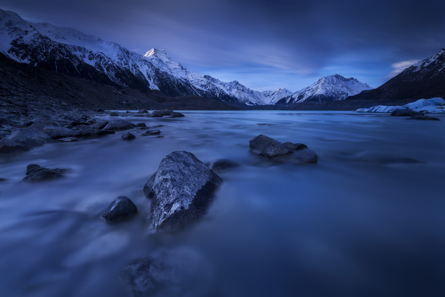 Tasman Blues by Dylan Toh  & Marianne Lim on 500px.com