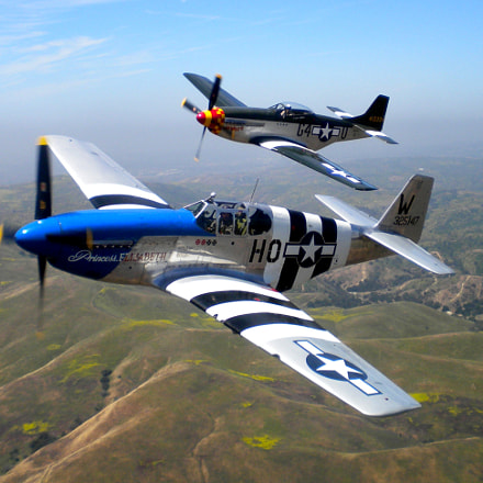 P51 Mustangs flying out, Nikon COOLPIX S220