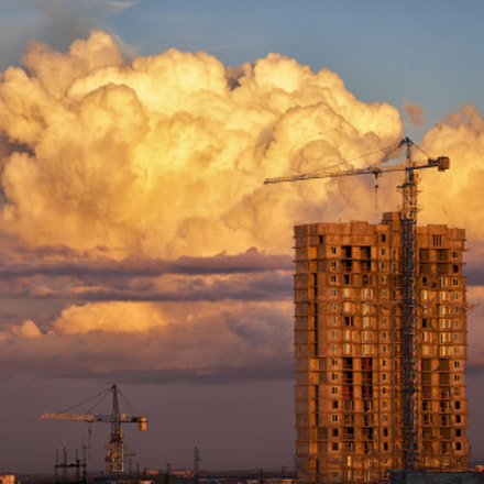 Construction with dramatic evening, Canon EOS 5D MARK II, Canon EF 100-300mm f/5.6L