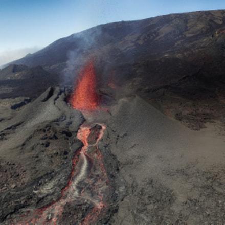 Volcanic eruption Piton de la Fournaise 1-09/2016