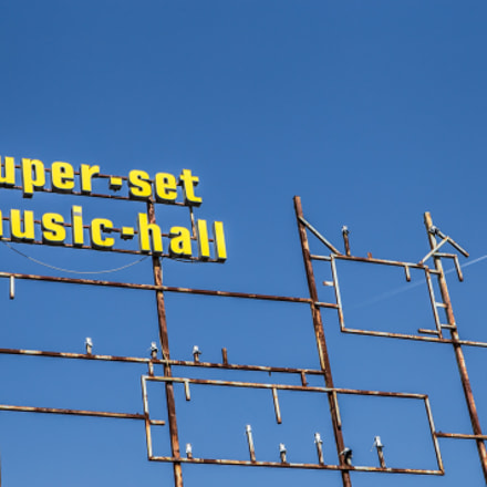 Picchio Rosso music-hall