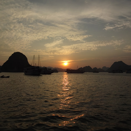 Sunset at Halong Bay, Sony DSC-WX100