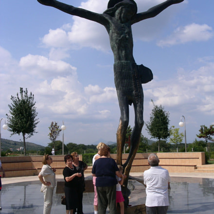 Risen Saviour bronze sculpture in Medjugorje