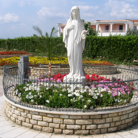 Statue of Our Lady, the Queen of Peace, Medjugorje