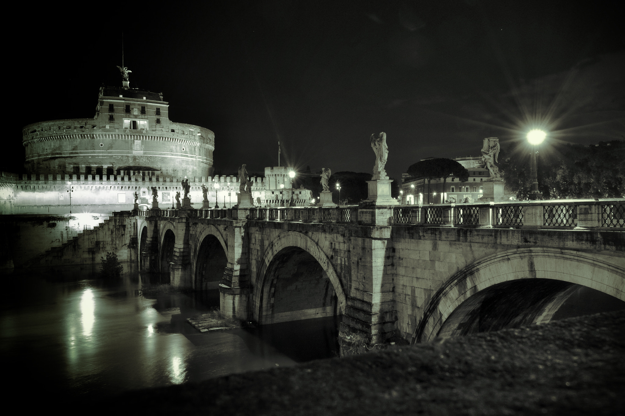 Photograph Castel Sant'Angelo, notturno by Ettore  Mongelli on 500px