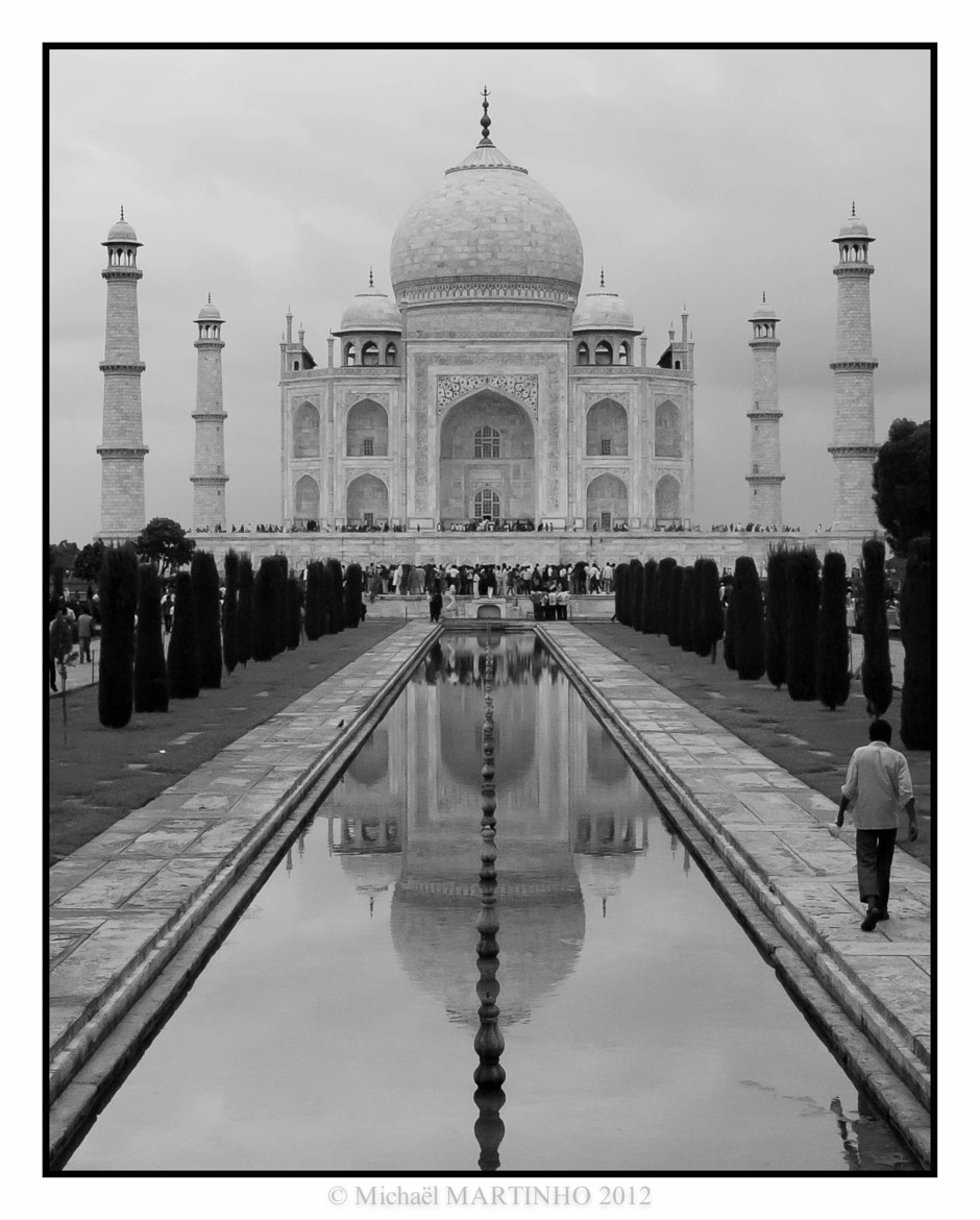 Photograph Taj Mahal by Michaël MARTINHO on 500px