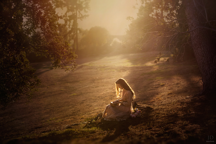 A Good Read by Jessica Drossin on 500px.com