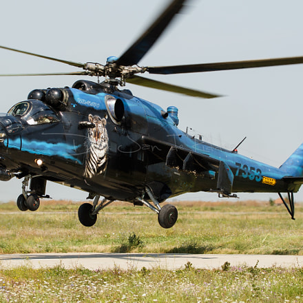 Czech Air Force Mi-24V, Canon EOS 20D, Canon EF100-400mm f/4.5-5.6L IS USM