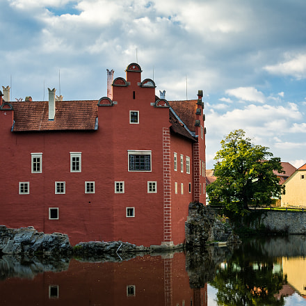 Červená Lhota Castle