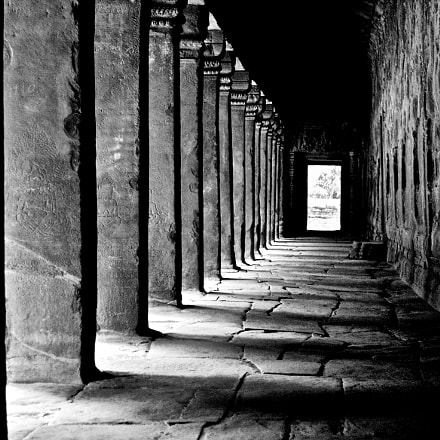 Angkor Wat, Cambodia, Canon EOS-1D MARK II N, Canon EF 24-105mm f/4L IS