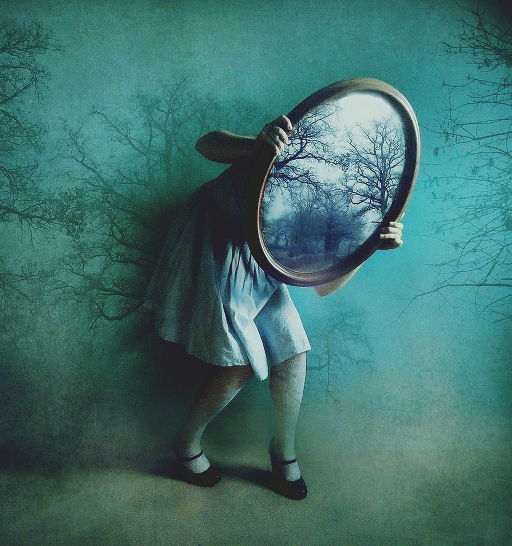 Photograph alice's mirror by Victoria Audouard on 500px