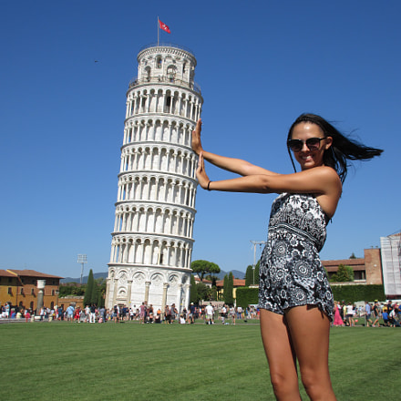 Leaning tower of Pisa, Canon POWERSHOT ELPH 350 HS