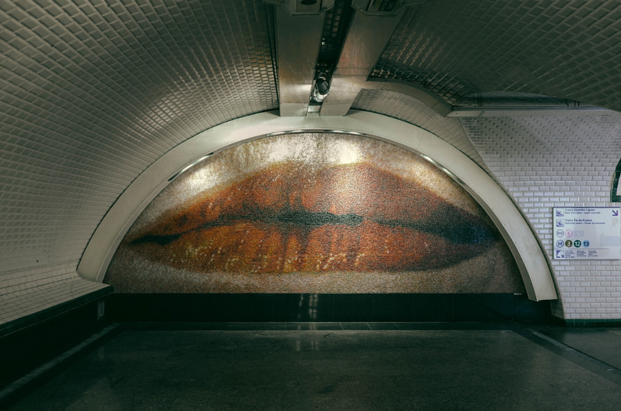 Lip in the Metro by Takuya Matsuyama on 500px.com