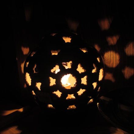 Japenese Pottery Lamp, Canon POWERSHOT A4000 IS