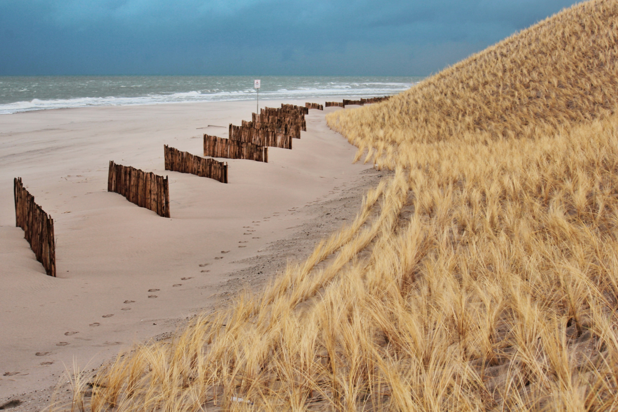 Photograph Beach on the 2e Maasvlakte (the Netherlands) by Joost Lagerweij on 500px