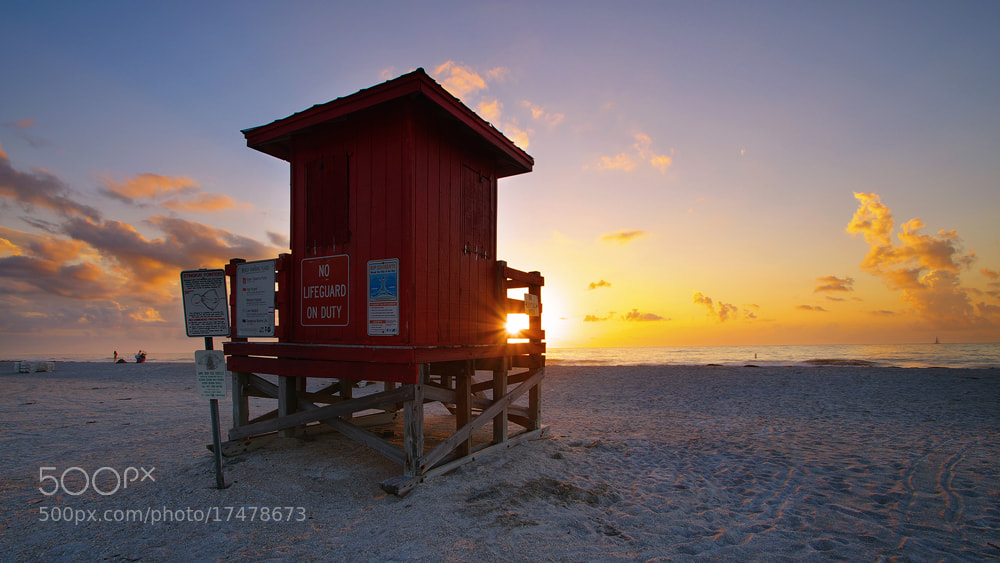 Photograph Lifeguard Shack by WK Cheoh on 500px