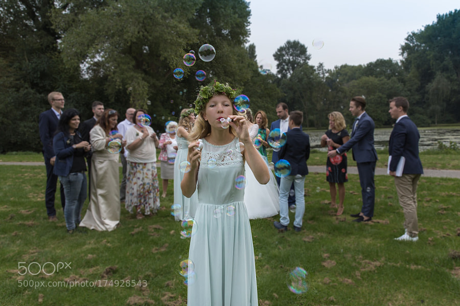 Bridal bubbles