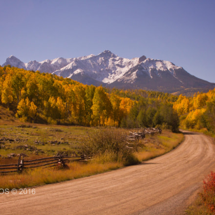 Road to Dallas Divide, Canon EOS 7D, Sigma 18-50mm f/3.5-5.6 DC