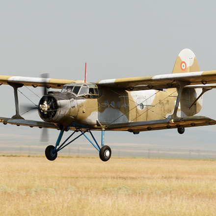 Romanian Air Force An-2T, Canon EOS 20D, Canon EF 70-200mm f/2.8 L