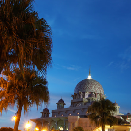 Sunset at Putra Mosque, Canon EOS 5D, Sigma 28mm f/1.8 DG Macro EX