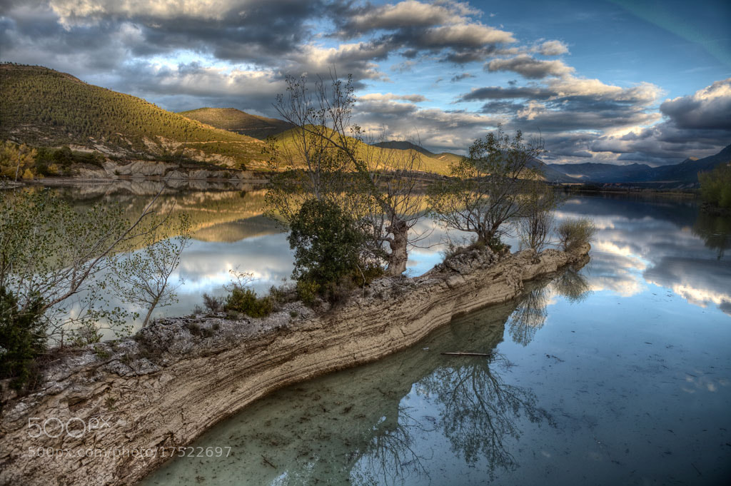 Photograph Reservoir by David Casanova on 500px