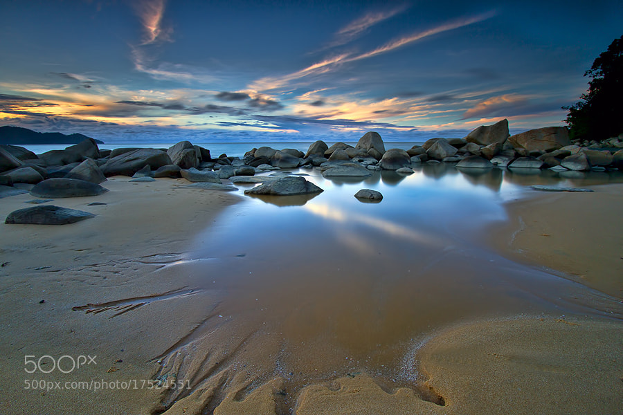 Photograph Kura_Kura Beach reflection by Erwin Julian Lie on 500px