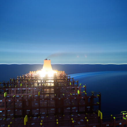 containership on turning, Nikon D700, Sigma 17-35mm F2.8-4 EX Aspherical