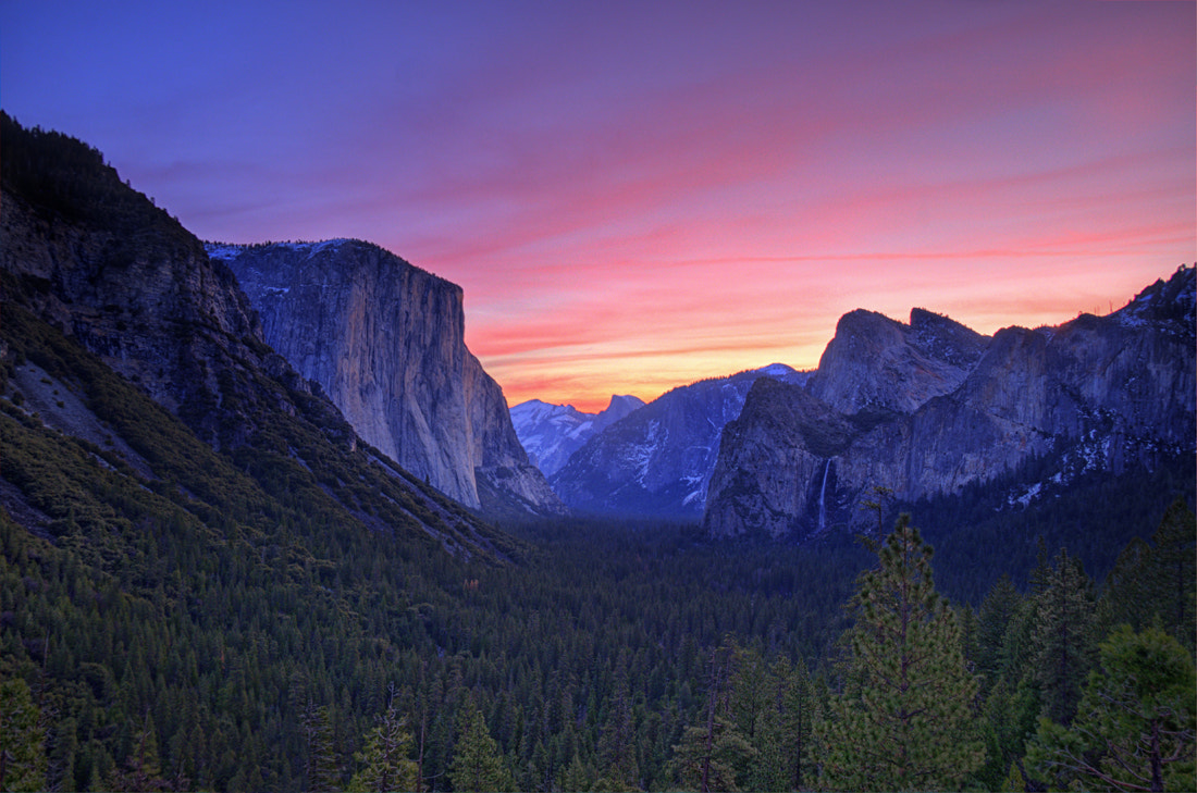 Photograph Yosemite Tunnel View Sunrise by William McIntosh on 500px