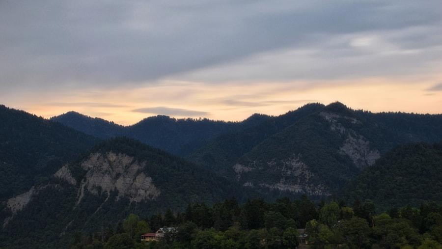 Evening view of Borjomi mountains, автор — Daviti на 500px.com